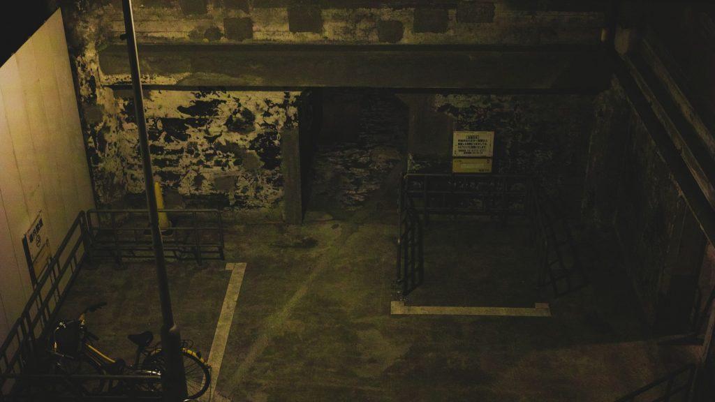 悔しさと緊張感「地下倉庫での敗北」【BGM素材紹介】