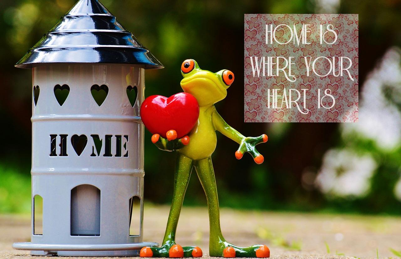 at-home-1001604_1280
