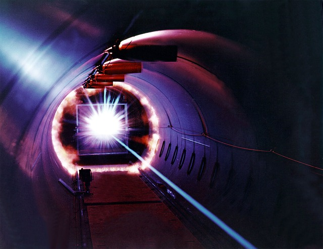 laser-11646_640