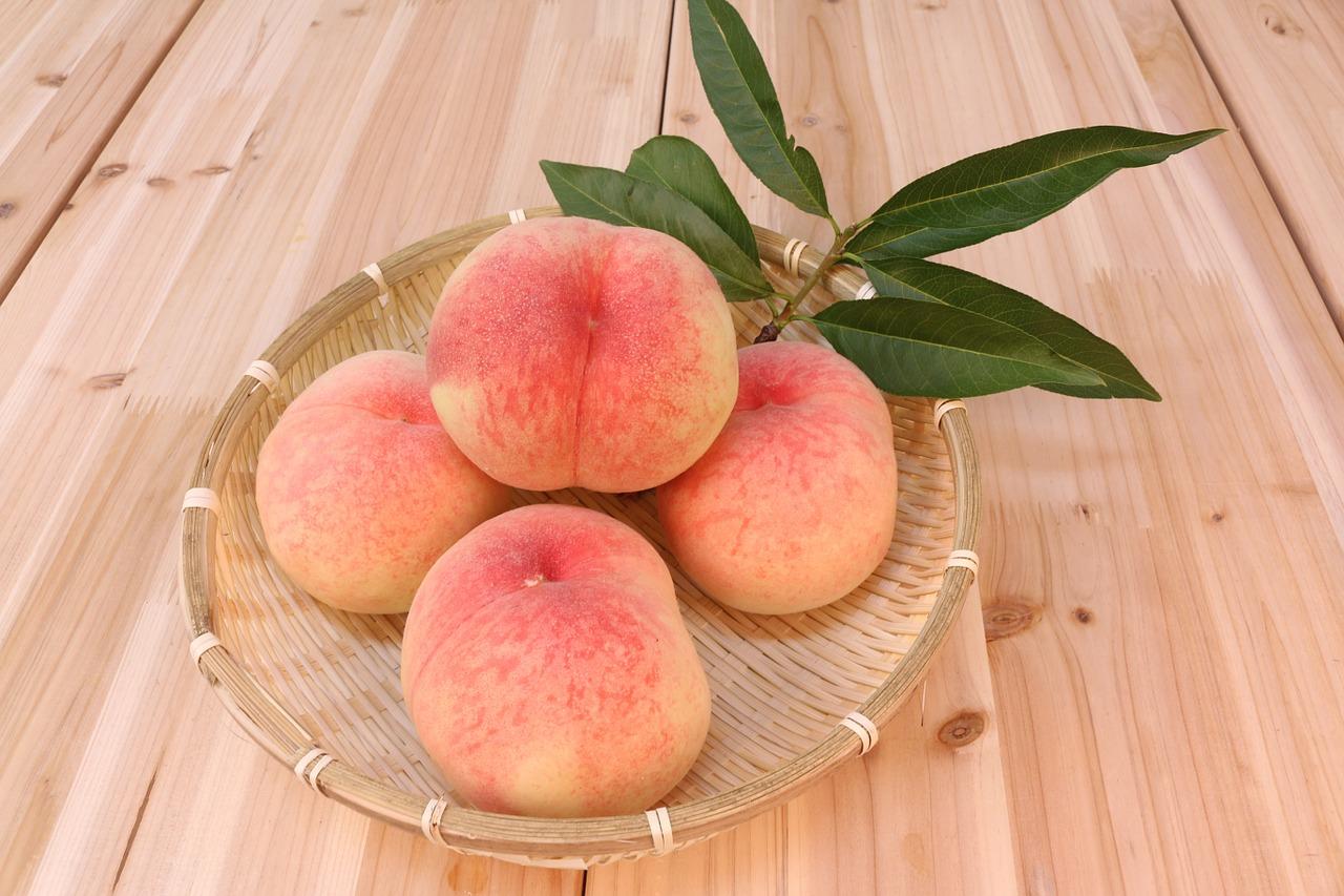 peach-583485_1280