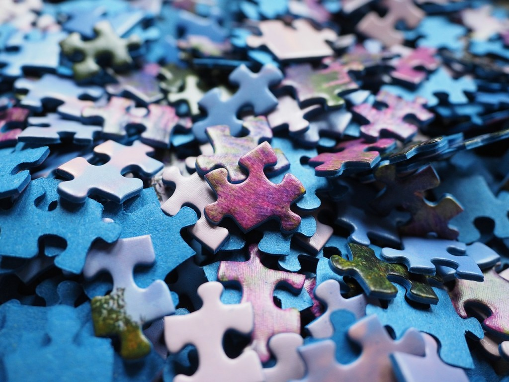 pieces-of-the-puzzle-592779_1280