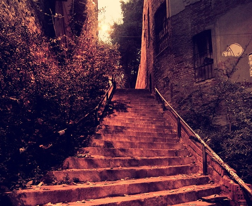 stairs-702891_1280
